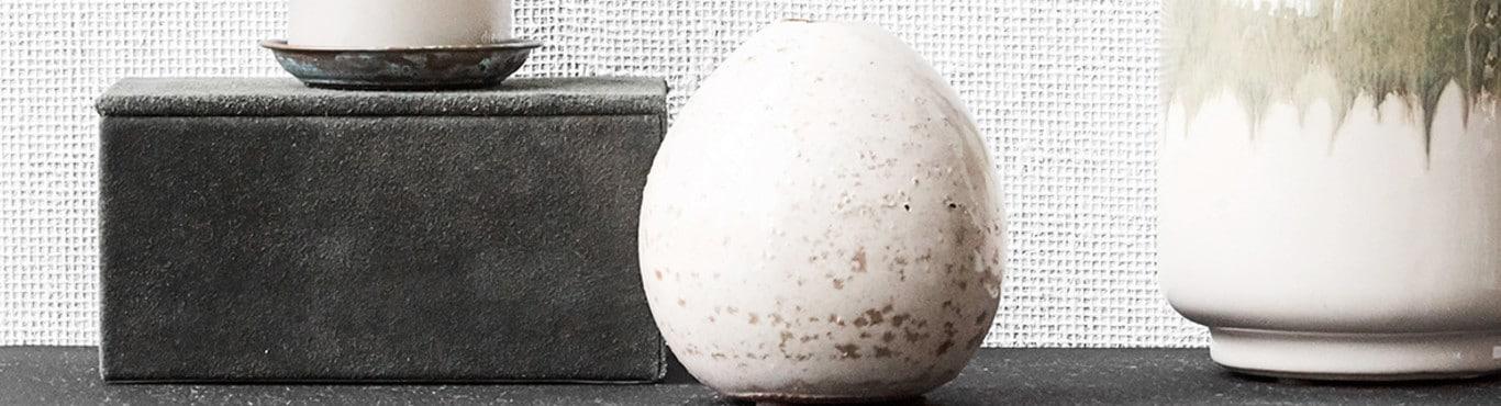 Eightmood Porter terrazzo kynttilänjalka, musta